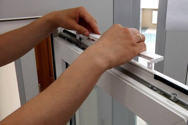 установка клапана для приточной вентиляции