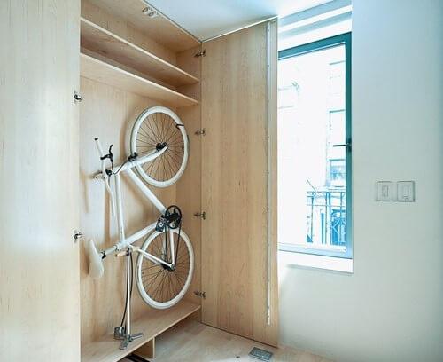 шкаф для хранения велосипеда на балконе