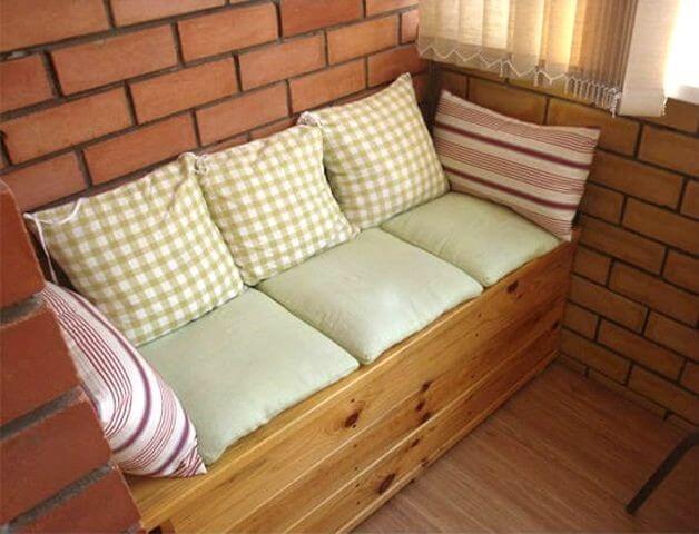 диван с хранилищем