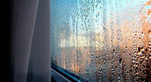пластиковые окна плачут