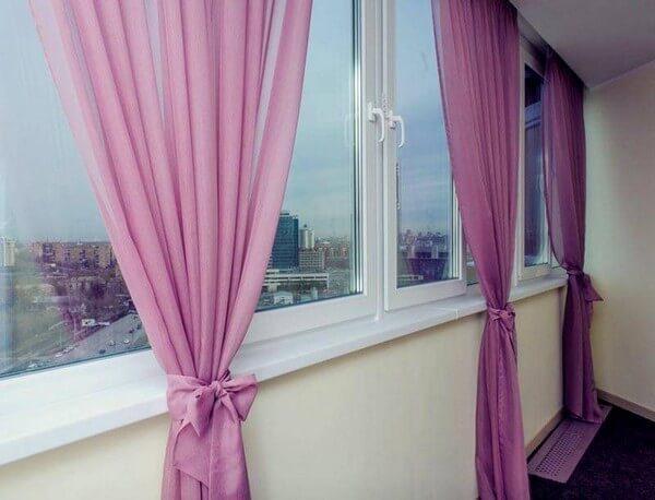 занавески на балконе