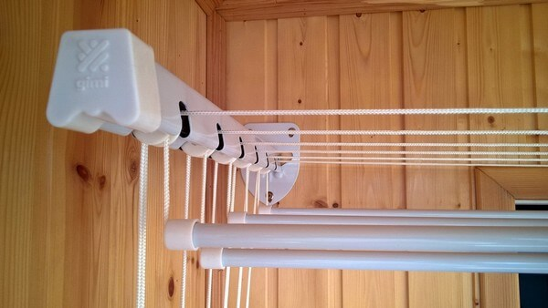 лиана для сушки белья на балконе