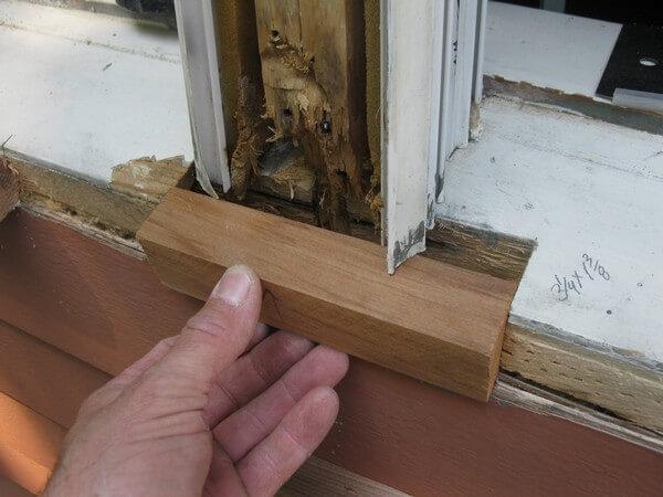 восстановление деревянного подоконника