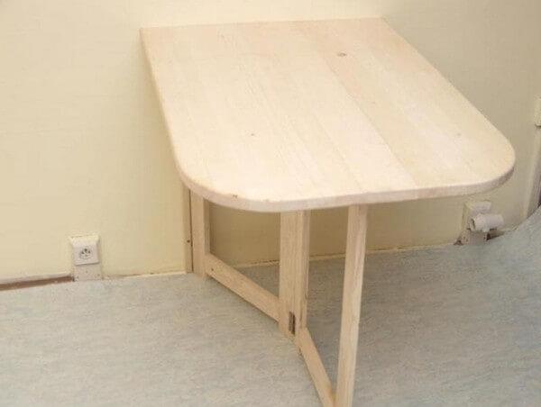 Балконный столик с выдвижной «ногой»