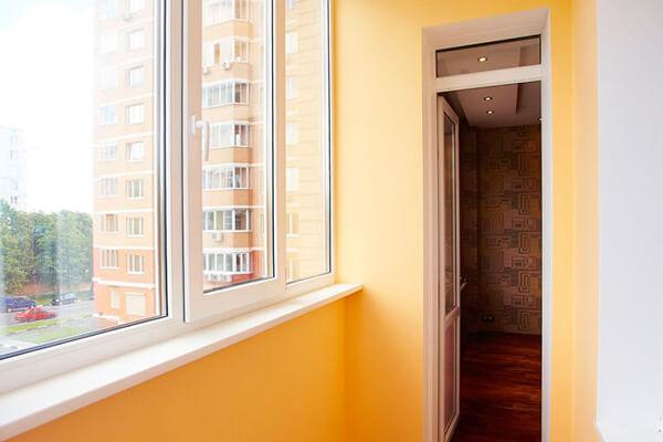 Покраска балкона